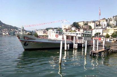 attracco barca pontile lago di lugano