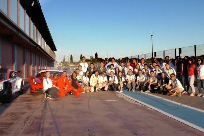 Ferrari experience - incentive- experience - drive a ferrari - track