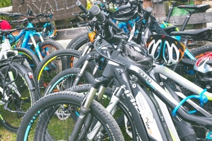 e-bike experience attività di gruppo - lakeslovers